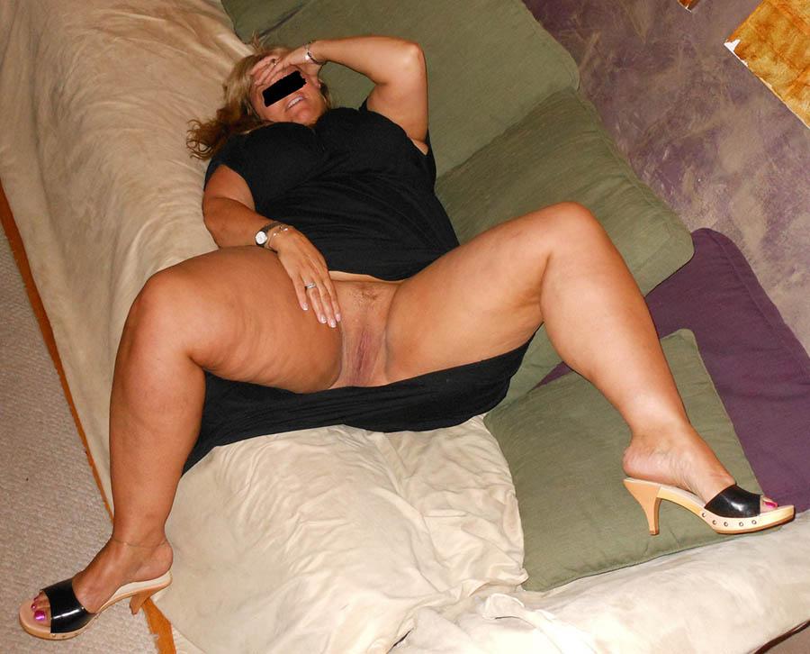 Undergiven kvinna söker dominant man